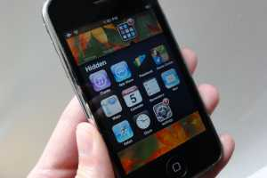 5 things to do before giving an old iPhone or iPad to your kid
