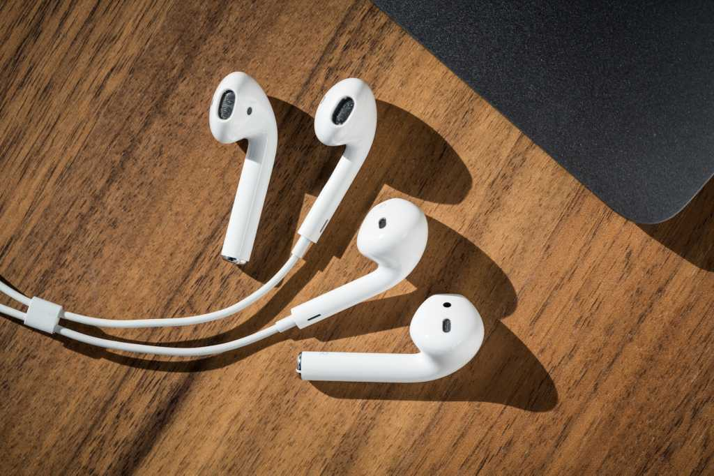 apple airpods 02