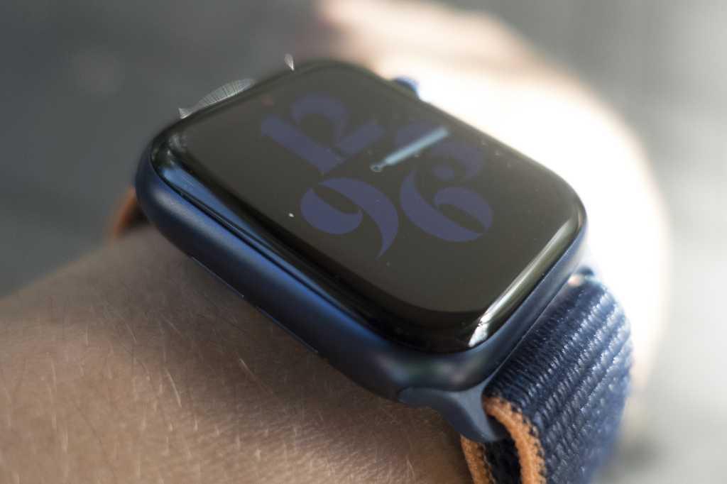 apple watch series 6 display