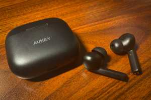 Aukey EP-N5 review: Entry-level ANC that gets it (mostly) right