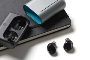 Bragi Dash Pro true wireless headphones review: Packed with high-tech extras, but not worth the price