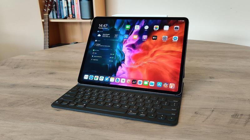 ipad pro 2020 review with accessories 1600 thumb800