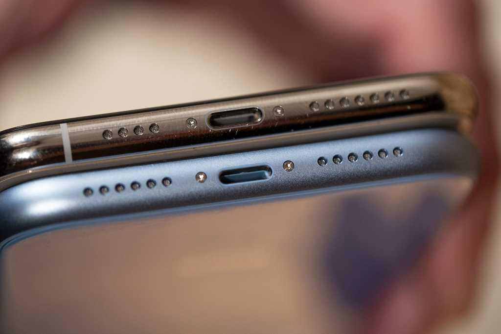 iphone xr ports