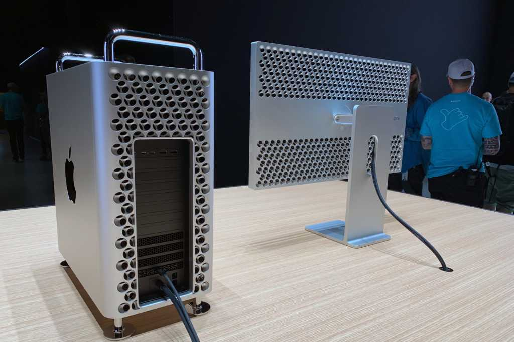 mac pro 2019 and pro display xdr rear