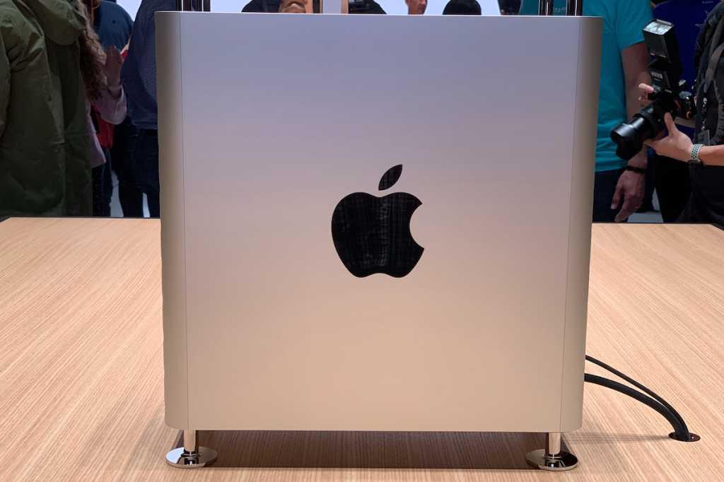 mac pro 2019 side view