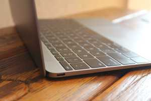 Apple to replace defective USB-C cables that shipped with some 12-inch MacBooks