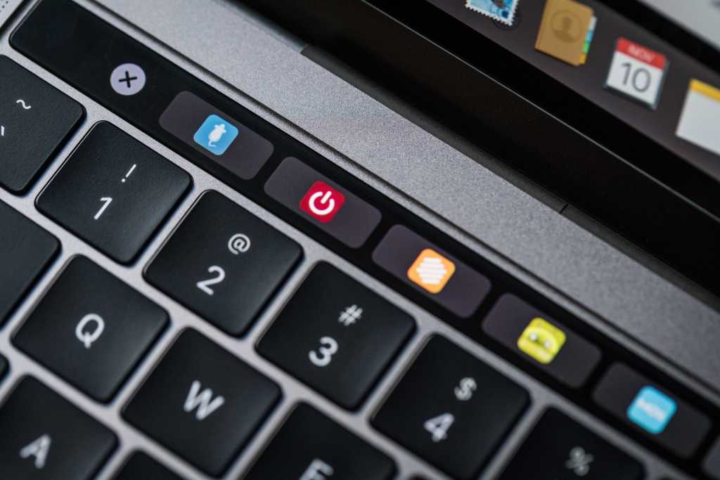 macbook pro late2016 review adam touchbar favicons