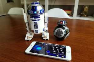 Play with—and program—Star Wars droids with Sphero's new R2-D2 and BB-9E