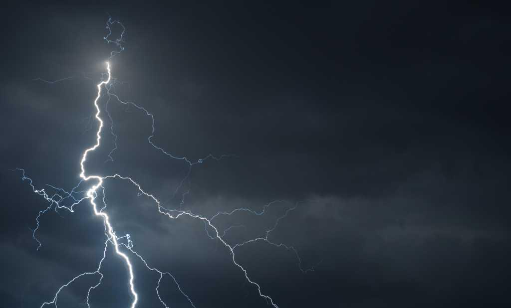 thinkstockphotos lightning