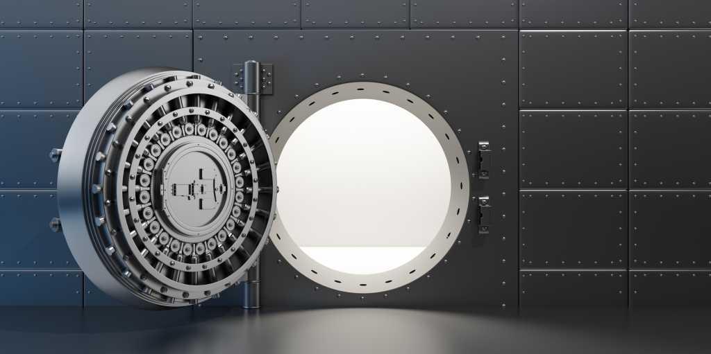 thinkstockphotos vault safe bank door