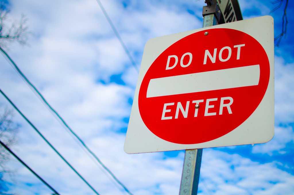 thinkstockphotos warning sign do not enter