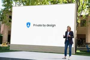 Android 12's new privacy settings draw a clear line between Google and Apple
