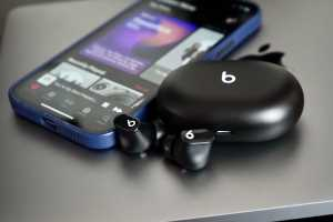Beats Studio Buds review: Compact and comfortable, but missing a few features