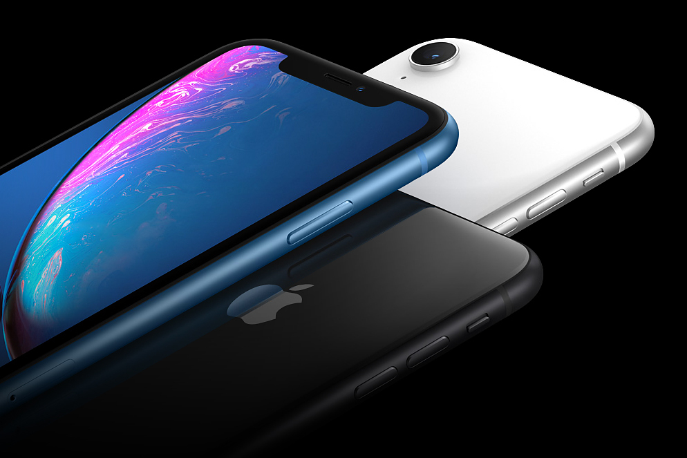 Apple iPhone XR > Three finishes [Blue/Black/White]