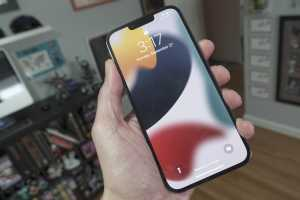 iPhone 13 Pro Max review: The new battery life champion