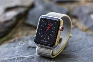 Apple Watch Series 3 users should download watchOS 8.0.1